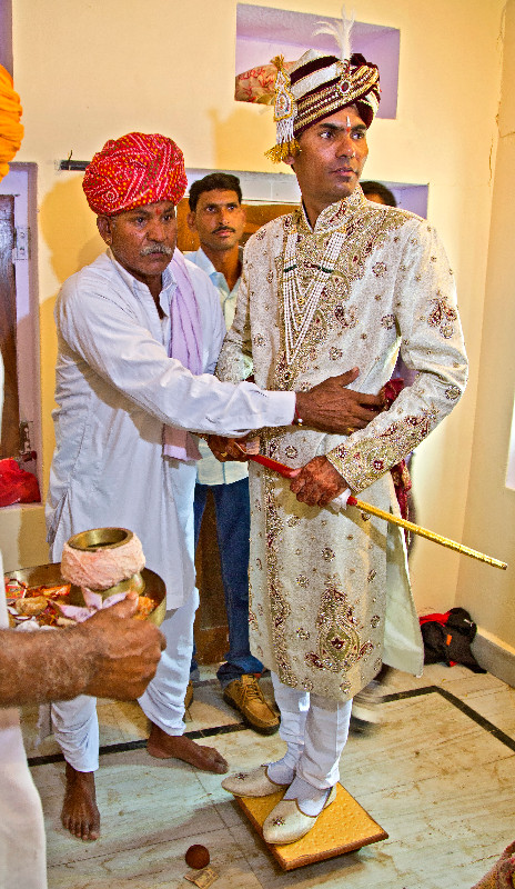 large_Preparing_the_Groom_6.jpg