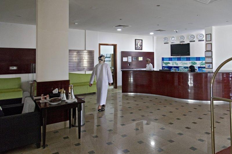 large_Ras_al_Jinz_Hotel_7.jpg