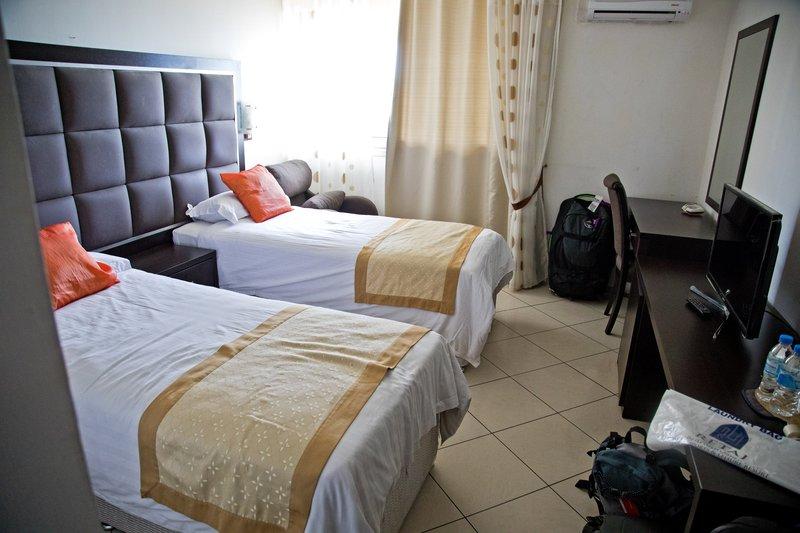 large_Retaj_Moroni_Hotel_1.jpg