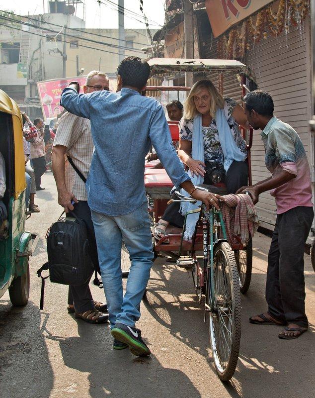 large_Rickshaw_R..dni_Chowk_1.jpg