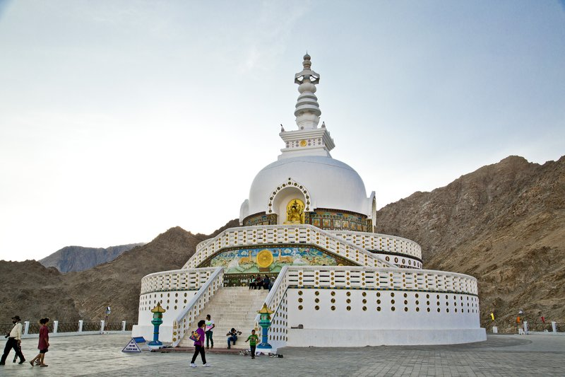 large_Shanti_Stupa_8.jpg