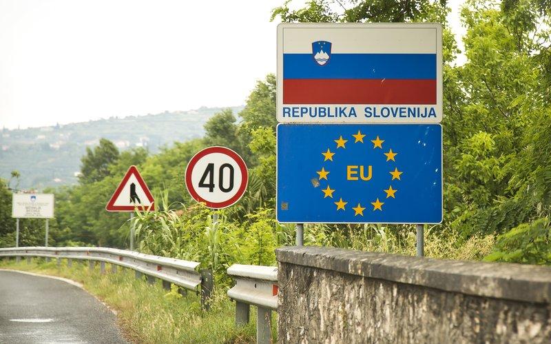 large_Slovenia_Border_1.jpg
