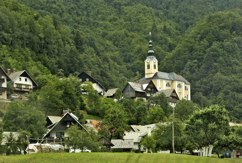large_Slovenian_Scenery_2.jpg