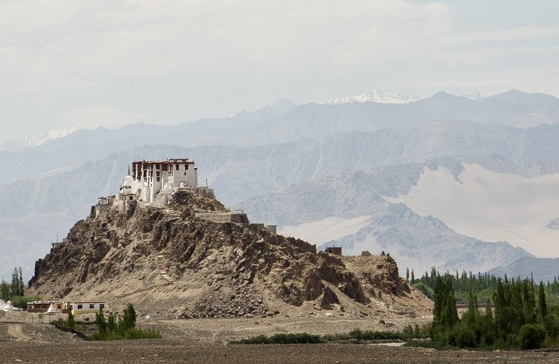 large_Stakna_Monastery_3.jpg