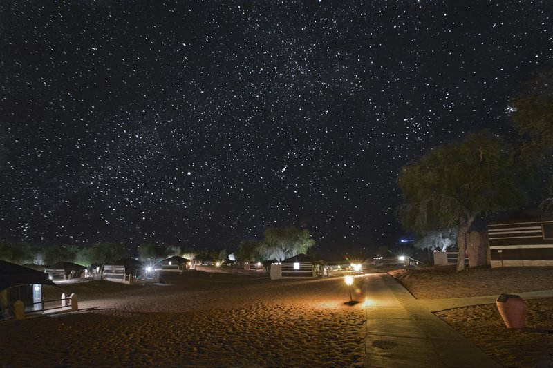 large_Stars_over..ghts_Camp_1.jpg