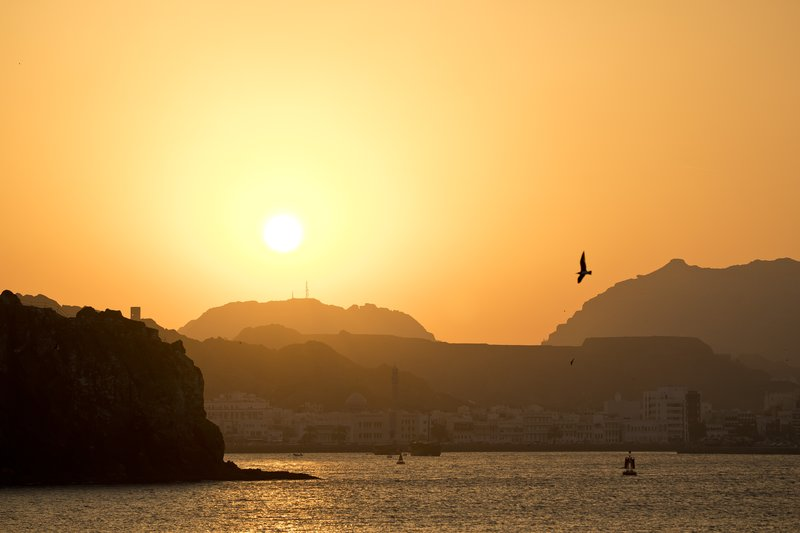 large_Sunset_on_..Corniche_15.jpg