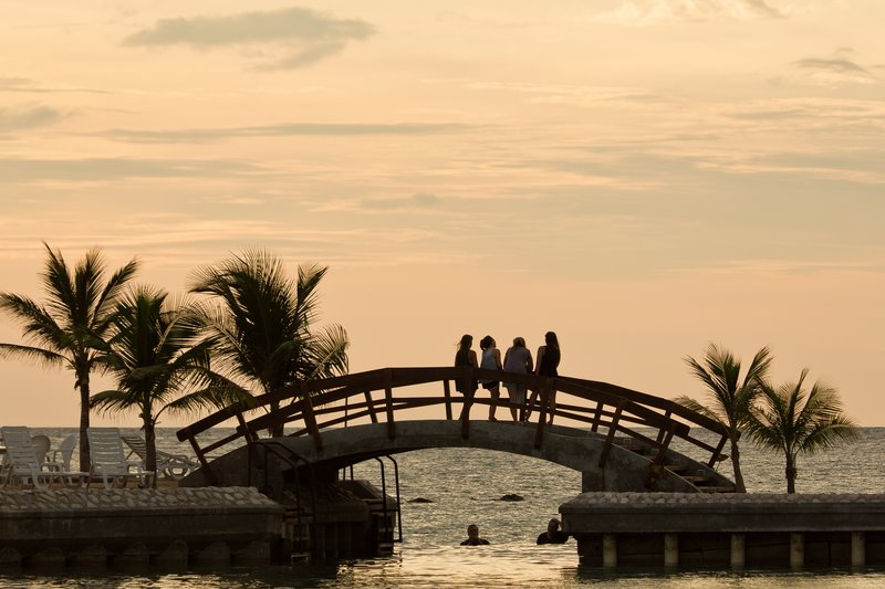 large_Sunset_ove..h_Day_1___5.jpg