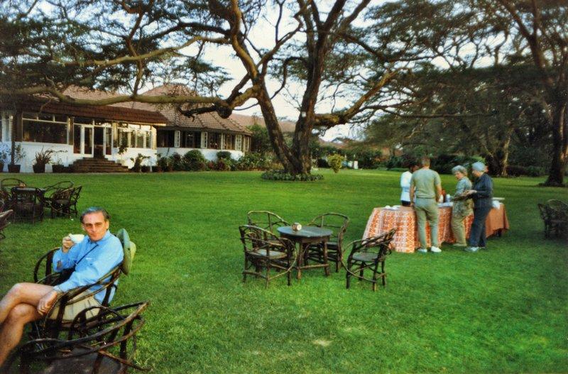 large_Tea_on_the_Lawn__024.jpg