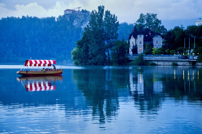 large_The_Blue_H..ake_Bled_16.jpg