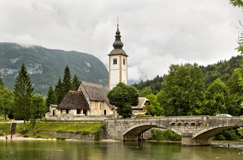 large_The_Church..t__Bohinj_1.jpg