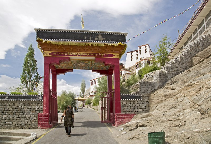 large_Thiksey_Monastery_9.jpg