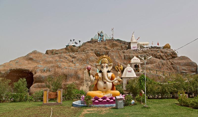 large_Vaishno_Devi_Temple_4.jpg