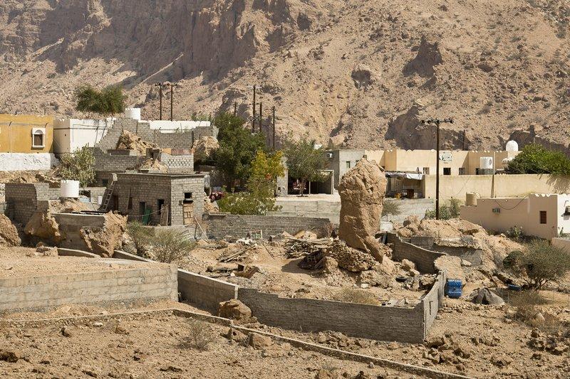 large_Wadi_Tiwi_17.jpg