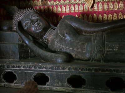 Reclining Buddha of Haw Tai Pha Soi-nyaat Wat Xieng Thong