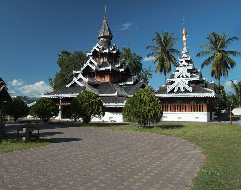 Temple at Wat Chong Kam