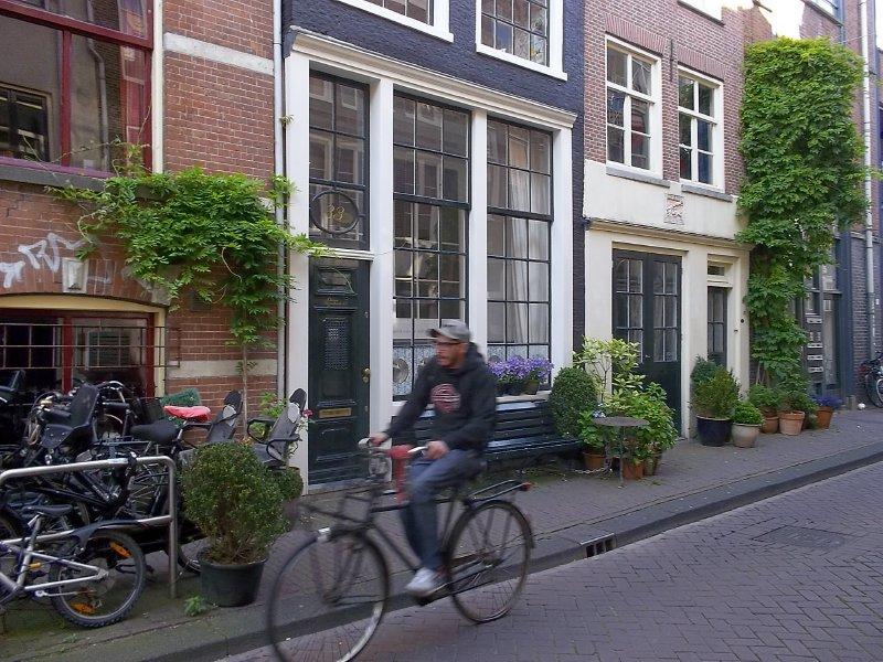 NL_riding in Amsterdam