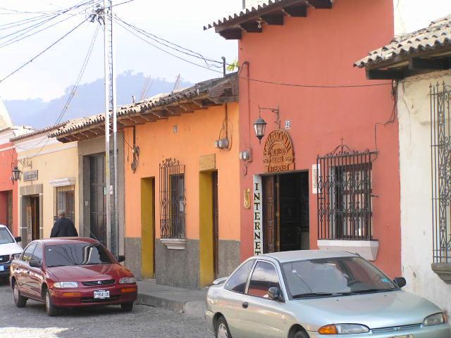 GUATEMALA - Antigua- street