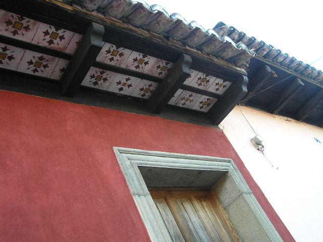 GUATEMALA - Antigua - decorated window