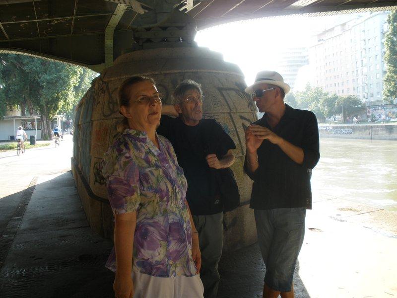 VIENNA_Talk (mom, Roger and Andre at riverbank of Danube)