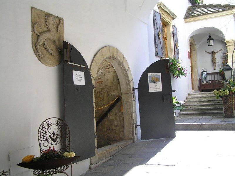 AUSTRIA_Rust museum