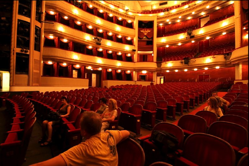 AU_in Burgtheater Wien