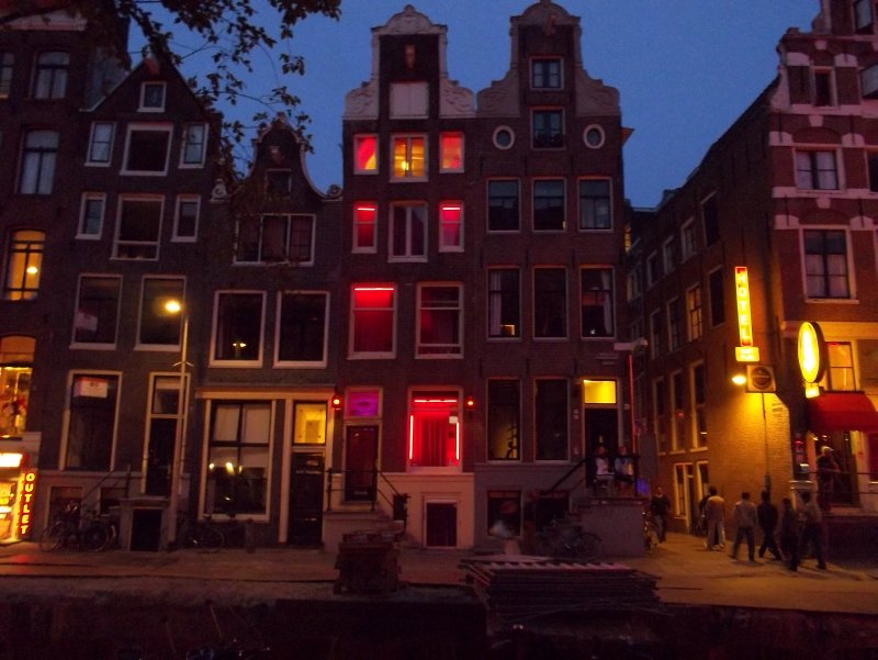 NL_Amsterdam - Red Lights District in the evening