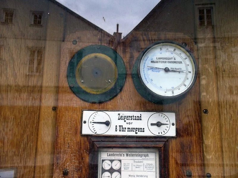 AUSTRIA_street barometer in Grein