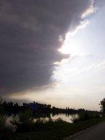 AU_ Donau Insel (Wien)- the sky