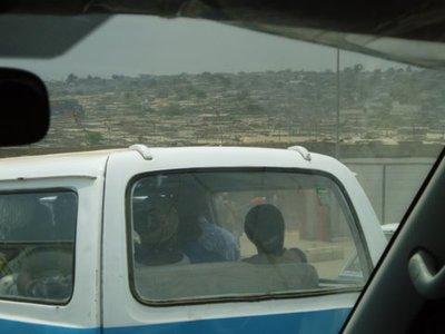 Angola_-_L..r_07-12.jpg