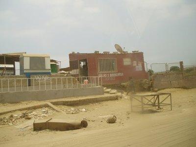 Angola_-_L..r_07-14.jpg