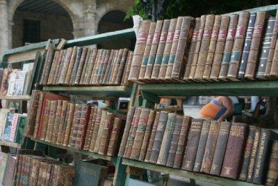 Cuba_SLR_Books4.jpg