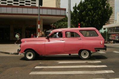 Cuba_SLR_Cars2.jpg