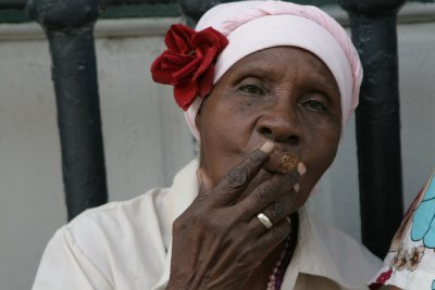 Cuba_SLR_Cigarladies1.jpg