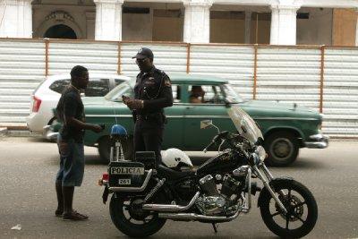 Cuba_SLR_Police1.jpg