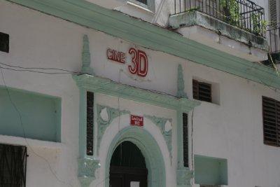 Cuba_SLR_Shop5.jpg