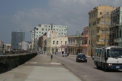 Cuba_SLR_seafront1.jpg