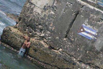 Cuba_SLR_seafront2.jpg