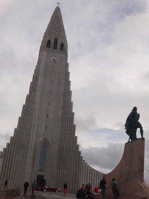 Iceland_Sony_church.jpg