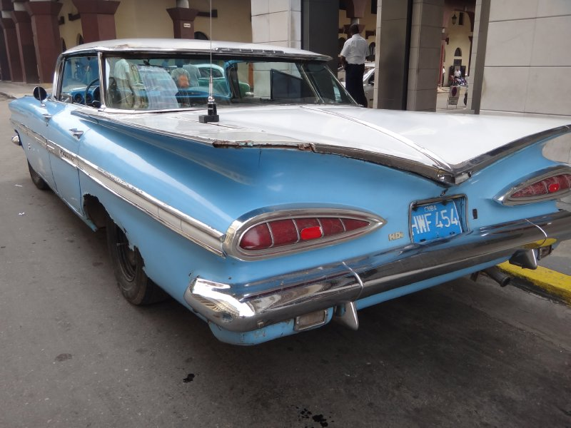 Cuba_Sony_Car1