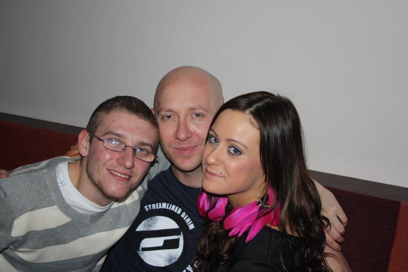 Aaron & Vanessa say goodbye in Drogheda