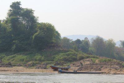 Laos_Mekong_boat_003.jpg
