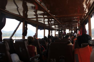 Laos_Mekong_boat_009.jpg