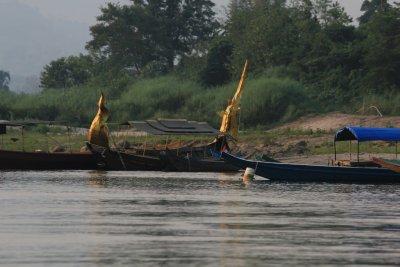 Laos_Mekong_boat_188.jpg