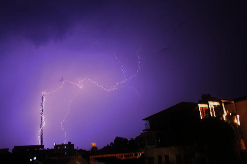 large_storm_090.jpg