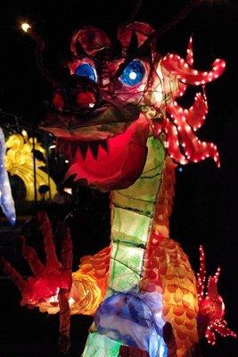 Jazz hands dragon lantern