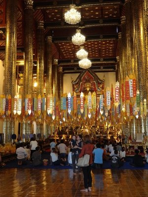 Inside one of the gorgeous Buddhist temples