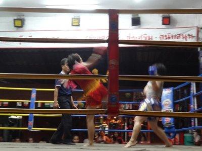 Women's Thai boxing match