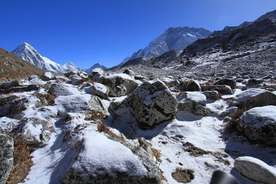 Road to Dzonglha
