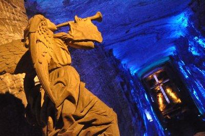 La Cathédrale de Sel (180m de profondeur)