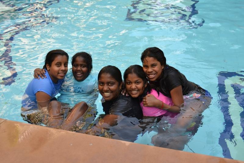 Duffiel and Thorogood Girls at Jas Vilas